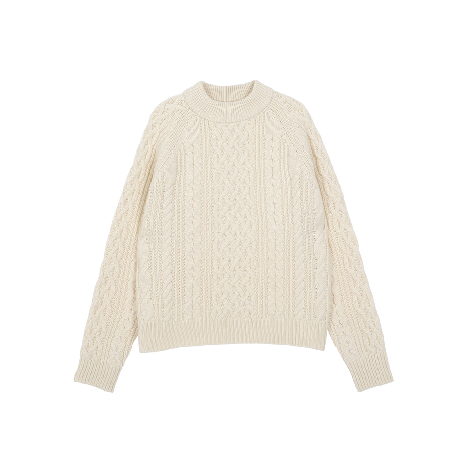 Cable knitted pull-over ecru
