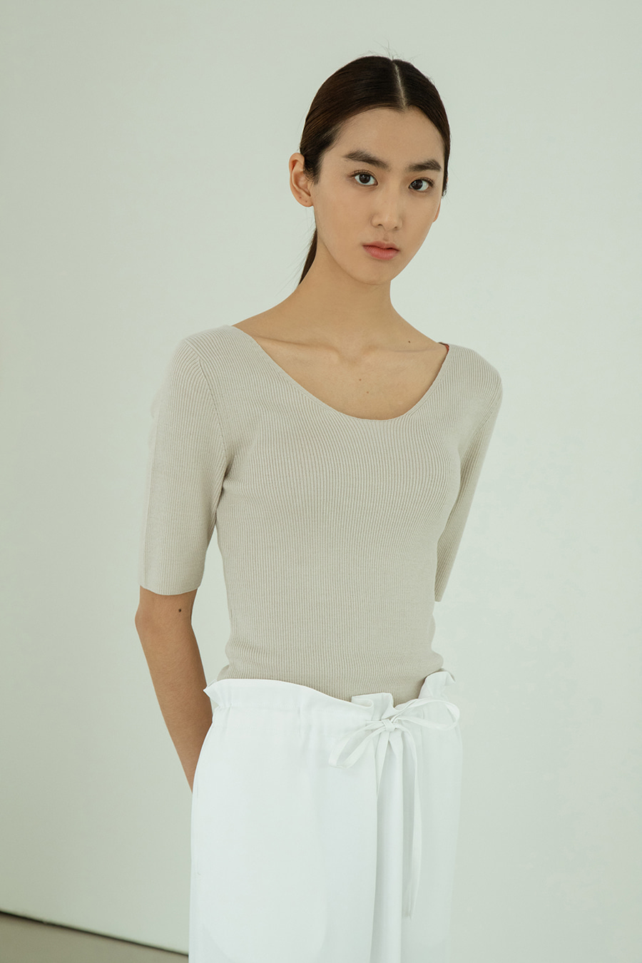 Summer scoop neck p/o Neutral beige